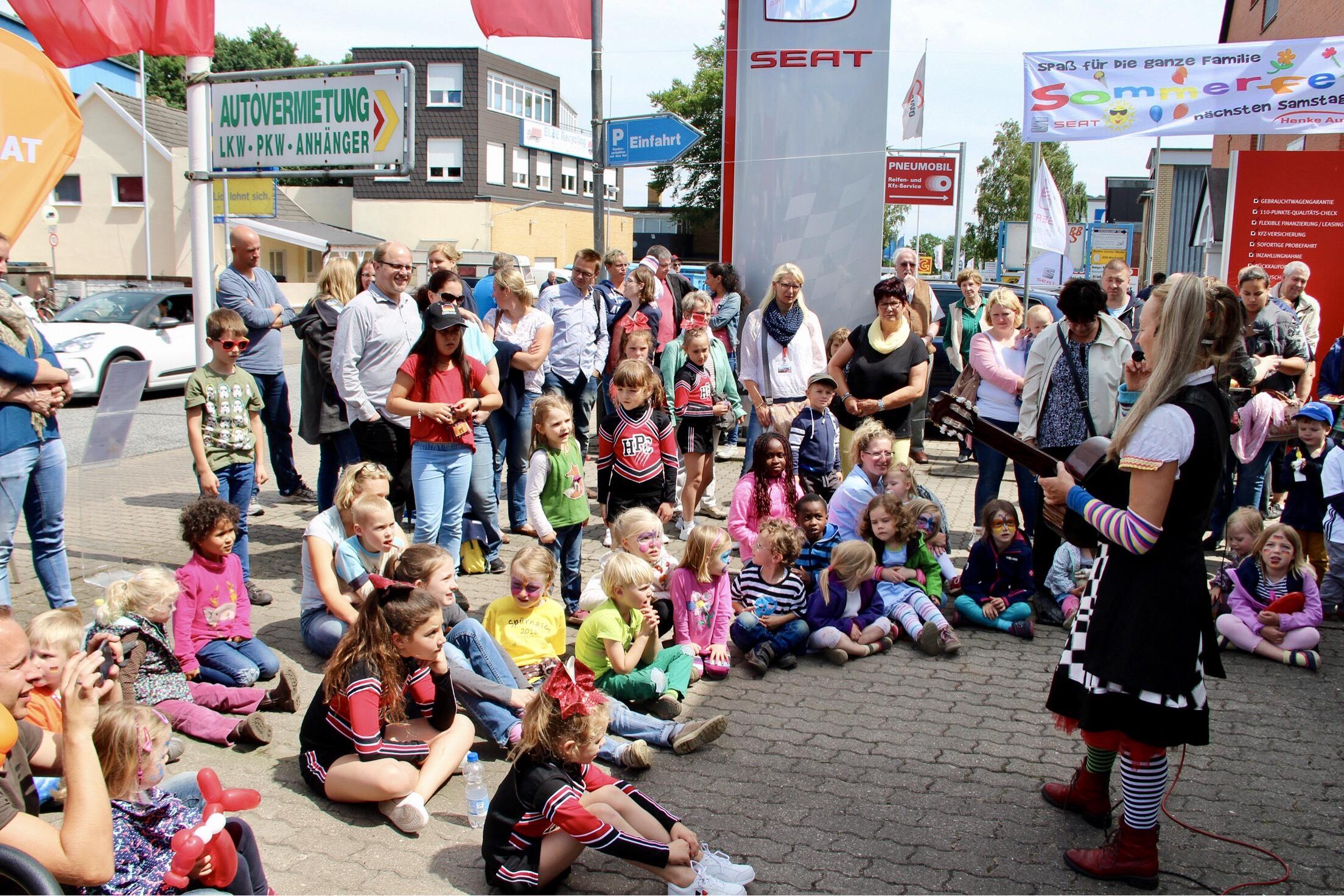 Aktuelles - Sommerfest 2016 Hexe Knickebein