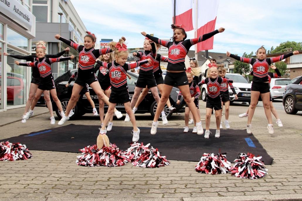 Aktuelles - Sommerfest 2016 Holm Panthers Cheerleader