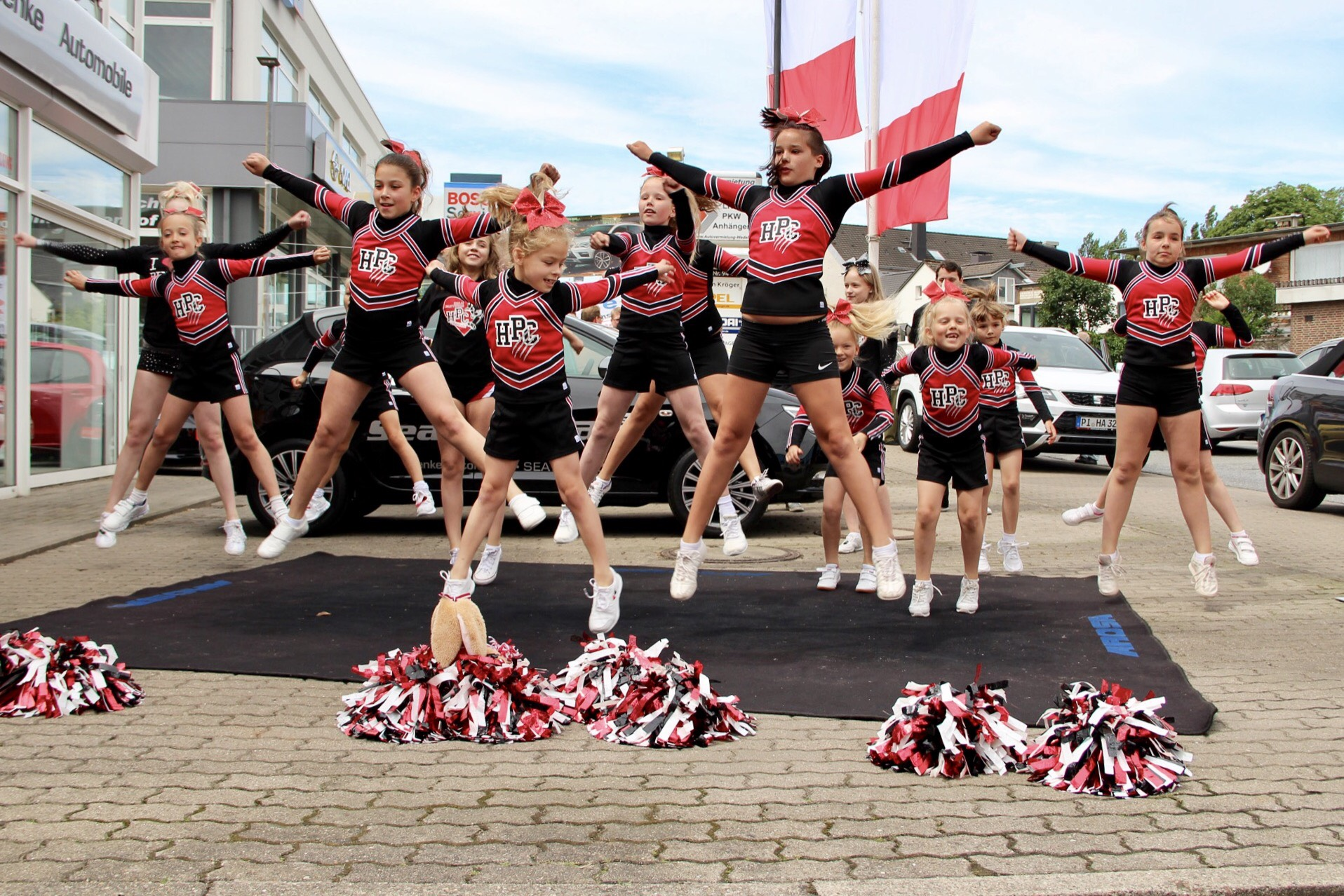 Aktuelles - Sommerfest 2016 Holm Panthers Cheerleader