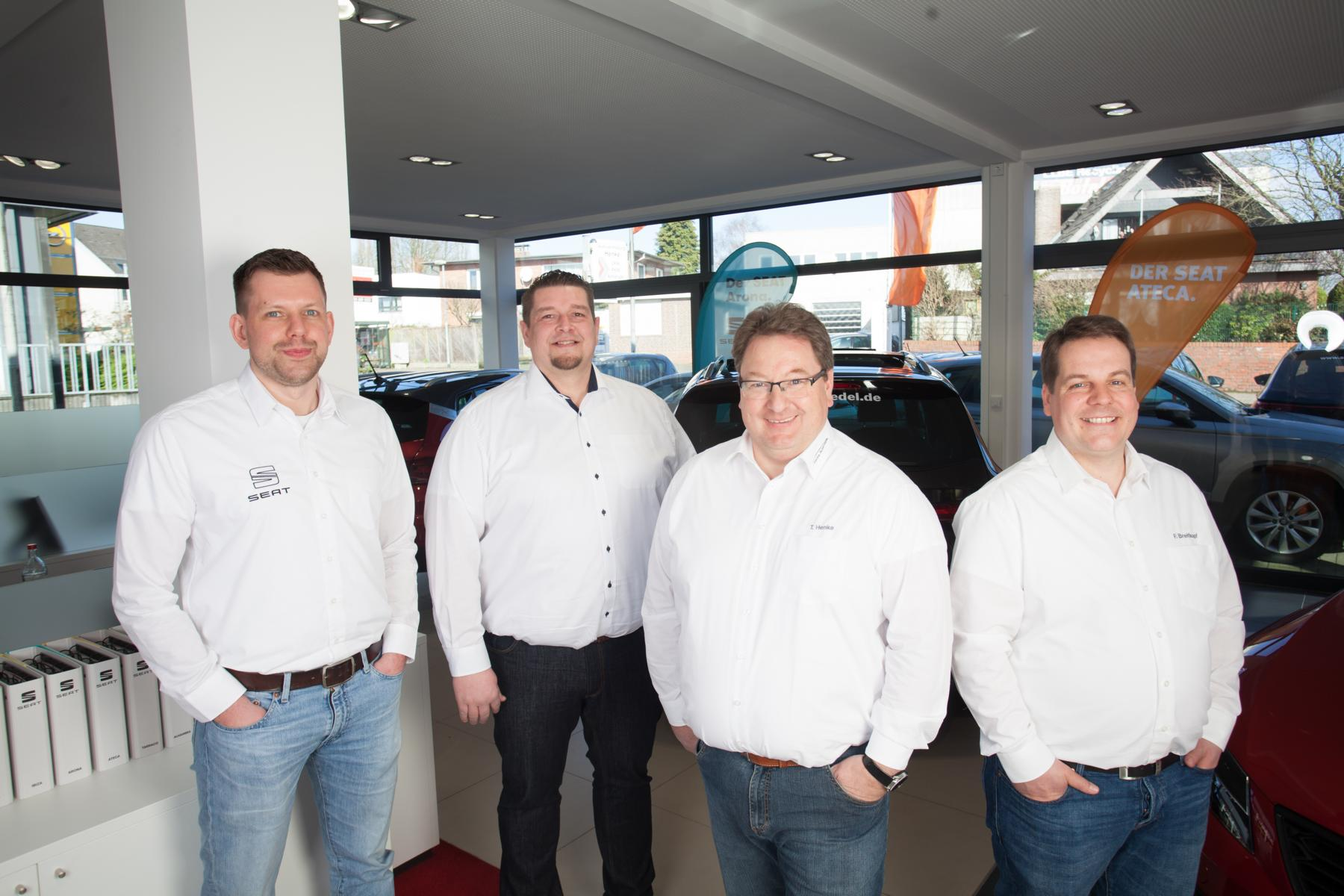 Seat-Wedel-Henke-Neuwagen-Gebrauchtwagen-Team-Verkauf